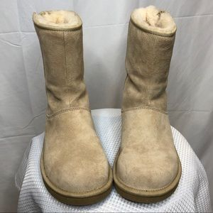 UGG Mayfaire Boots 7